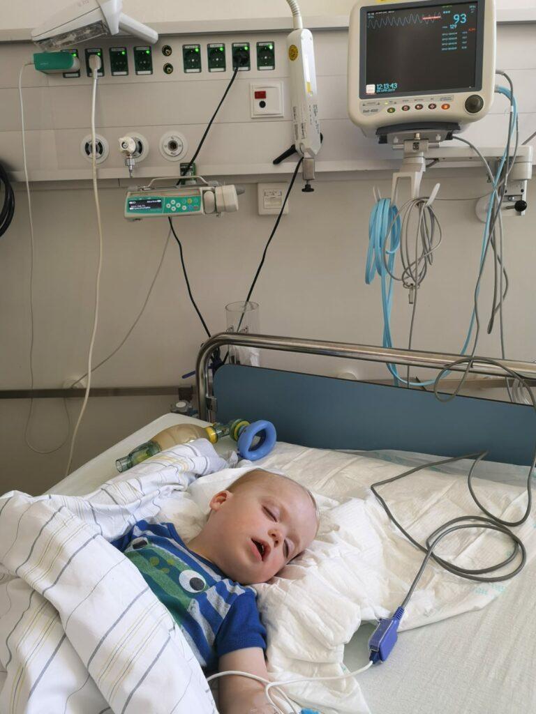 Leon im Krankenhaus